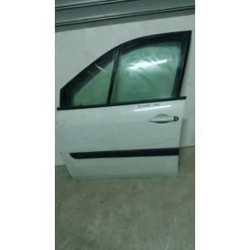Usa stanga fata Renault Scenic II 03-09