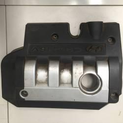 Capac motor fonic pentru Hyundai Santa Fe, an fabricatie 2003, 2.0 CRDI